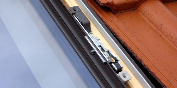 Okna - słabe punkty domu. Gdzie montować okna antywłamaniowe?