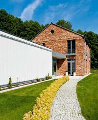 Dom jak loft i minimalistyczna kostka