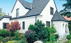 Dach grafitowy lub szary. Pokrycia dachowe w różnych odcieniach szarości