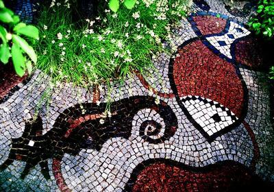 Efektowna mozaika kamienna w ogrodzie. Układanie mozaiki KROK PO KROKU