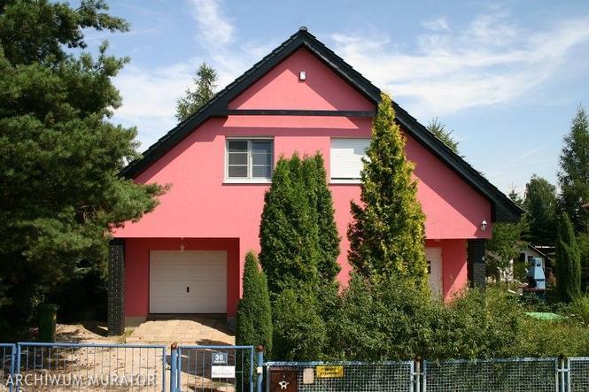 Kolory ścian domu. Elewacje czerwone, niebieskie, żółte... (zdjęcia)